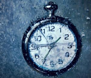 Cool-Clock-In-Water anpassad